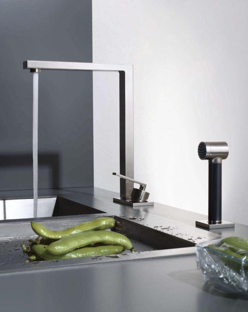 Grifería_premium_Grifería-de-diseño-para-cocina