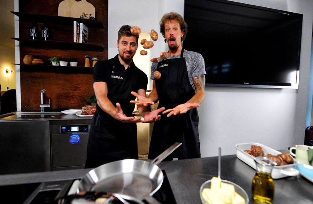 Zelari_Cocinas-premium-Madrid_proyectos-de-cocina_arquitectura-de-cocina_Kitchen-Design_Household-Appliances_kitchen-hoods