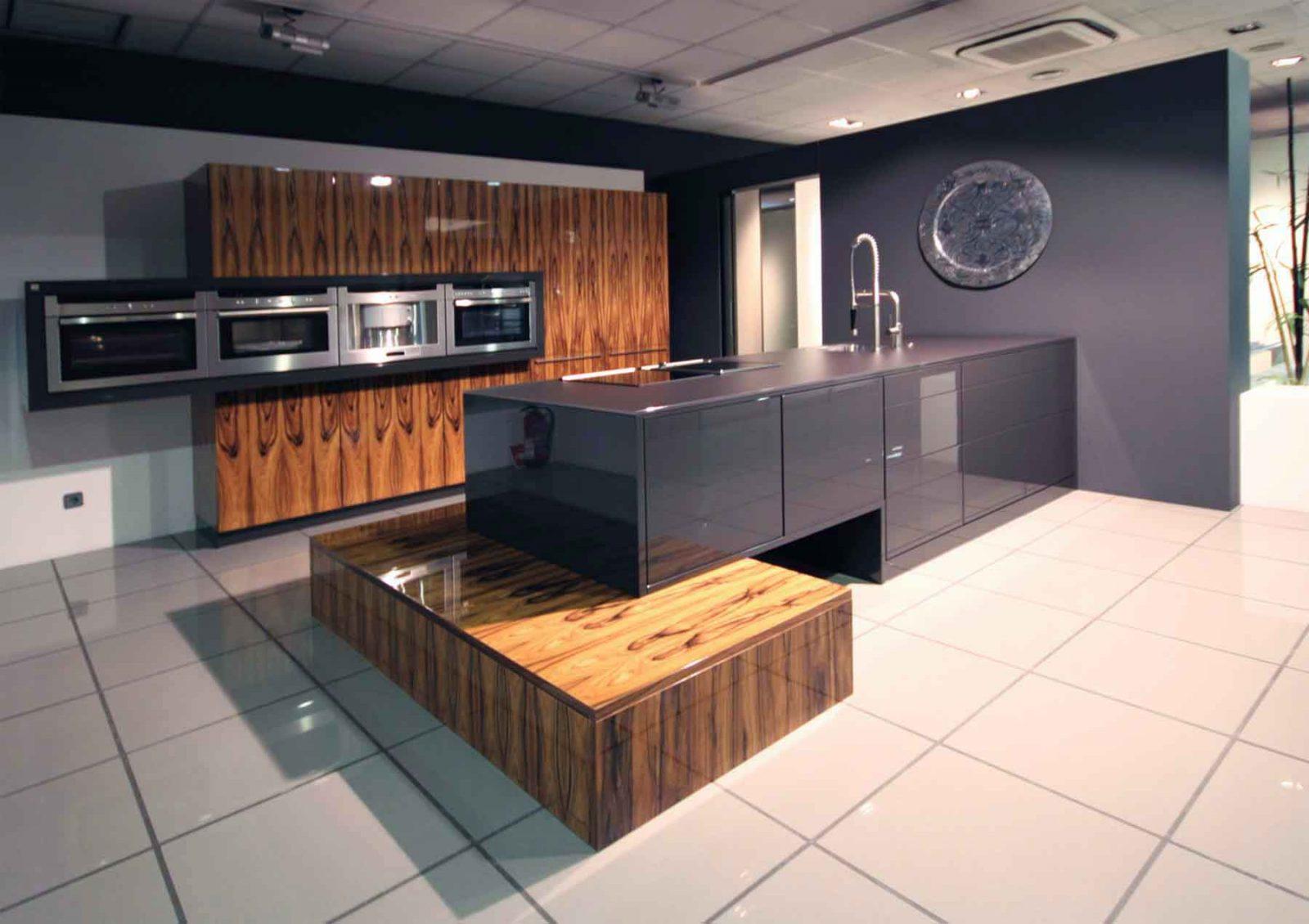 Showroom_Montes-de-Oca_Promociones-Cocinas
