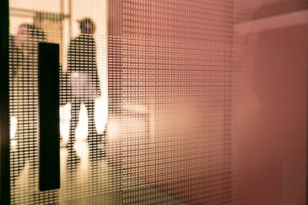 Salone_Internazionale-del-Mobile-Milano_2017_puertas-de-interior_puertas-de-paso-de-lujo_Piero_Lissoni_Zelari-De-Nuzzi